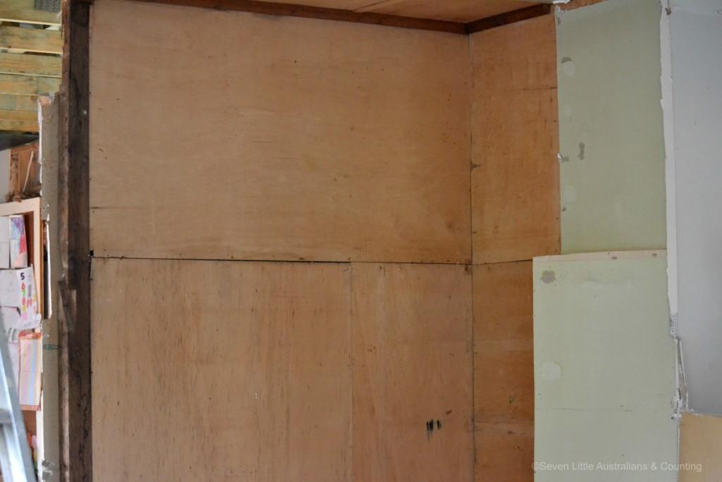 int wall 3